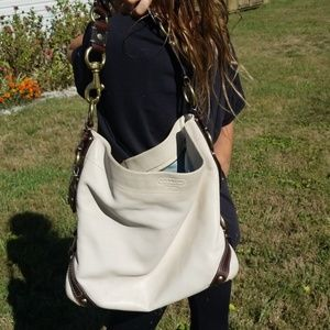 Coach 10616 large Carly white leather hobo
